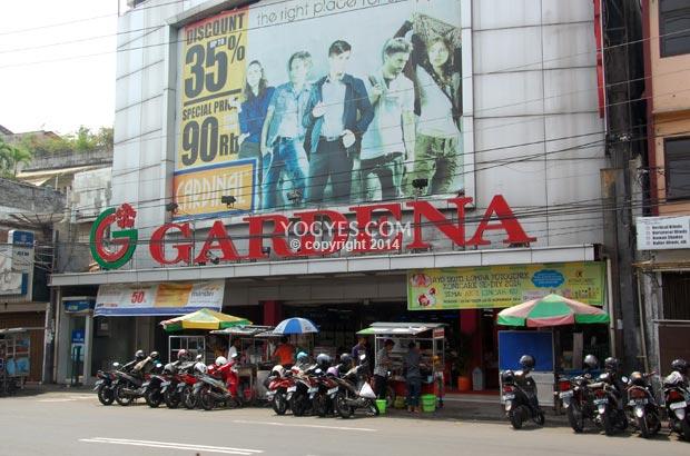 gardena department store supermarket
