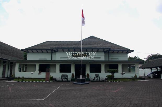 museum pusat tni ad dharma wiratama